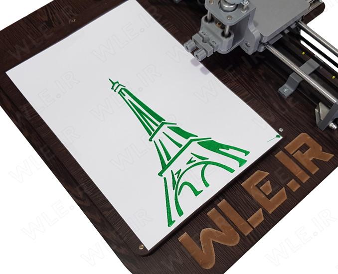 رسم طرح برج ایفیل توسط ماژیک